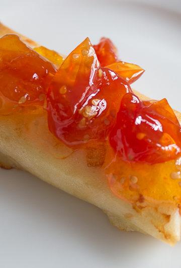 Feuilleté feta et confiture de tomates cerise