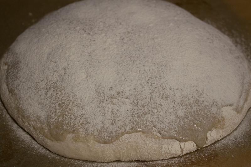 Pain de campagne tigré et fariné avant cuisson
