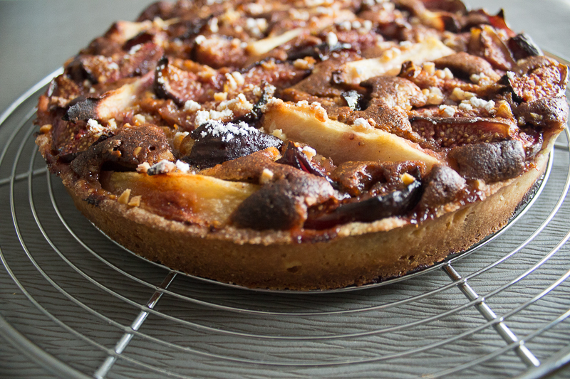 Tarte figues, poires, praliné après cuisson