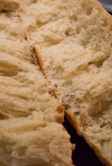 Mie du pain brioché
