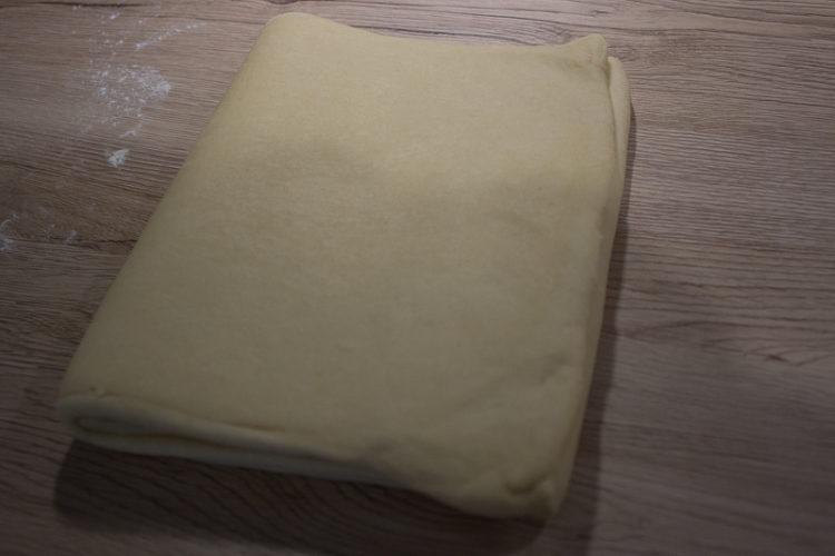 Tour simple - Pâte à brioche feuilletée.