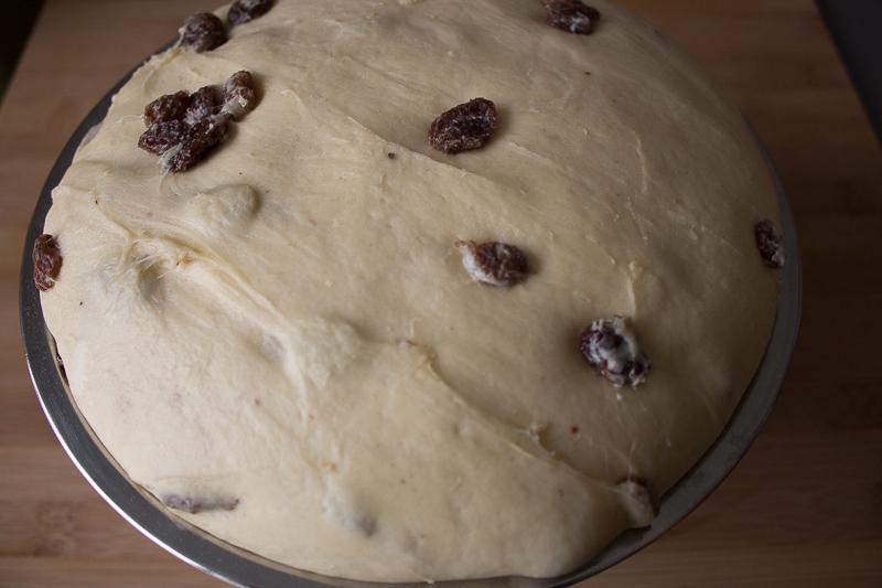 Pâte à kougelhopf après la pousse