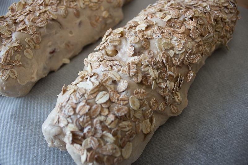 Le pain au muesli avant cuisson